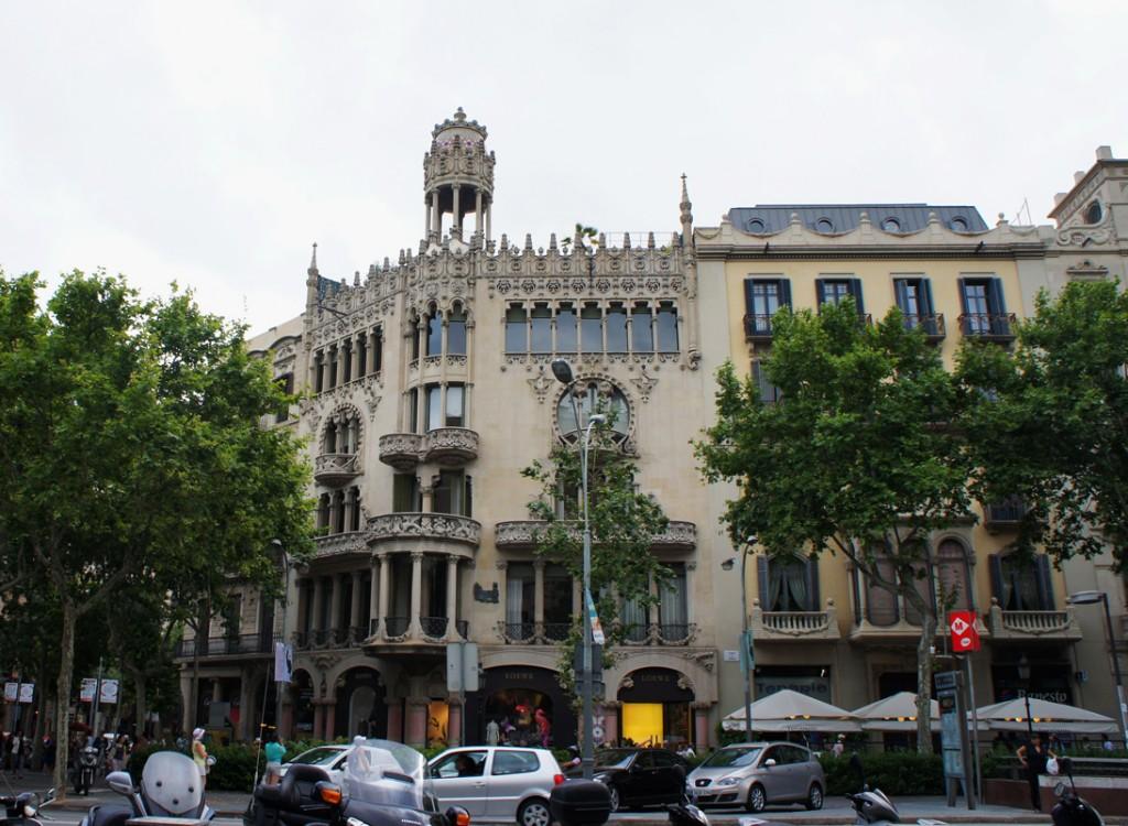дом Лео Морера