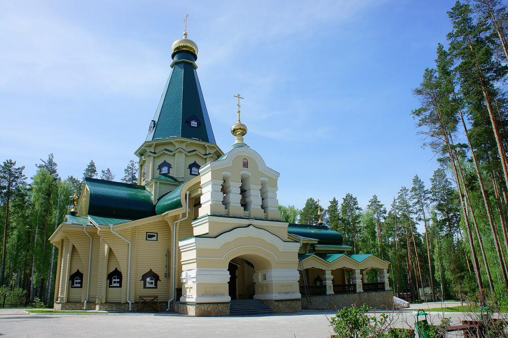 """Церковь Иконы Божией Матери """"Державная"""""""