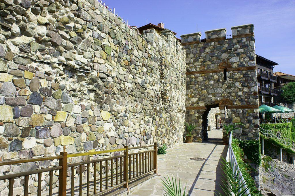 Южная крепостная стена