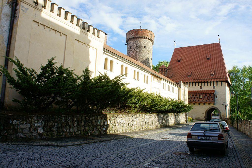 замок Котнов