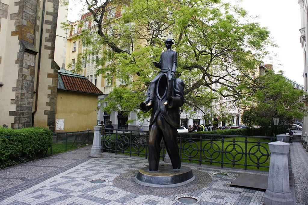 Скульптура Франц Кафка
