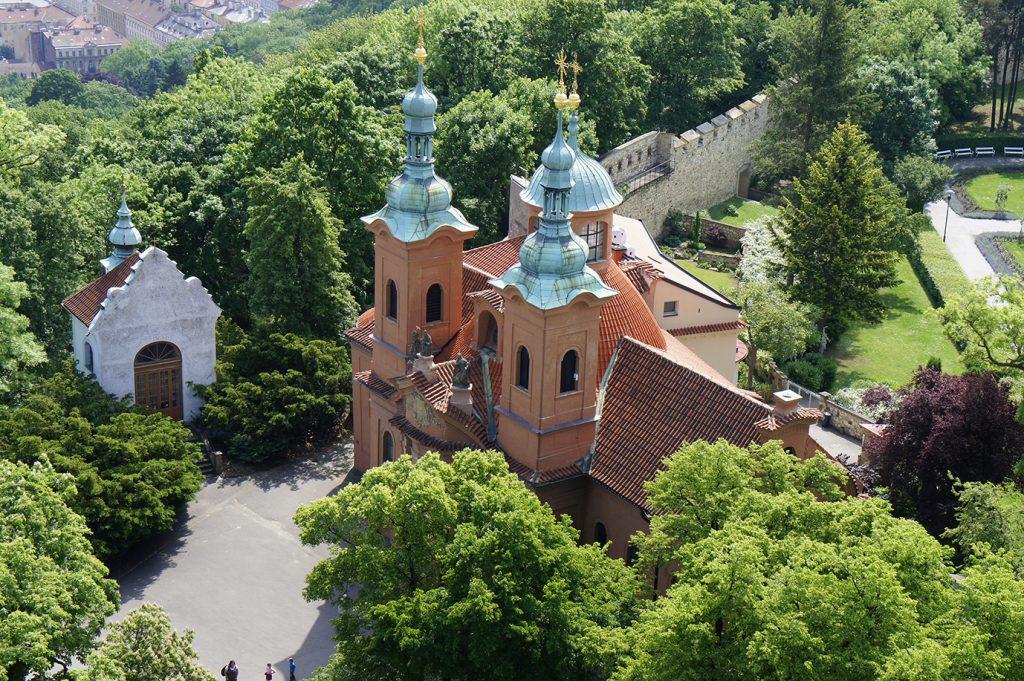 часовня Голгофы и костёл Святого Лаврентия
