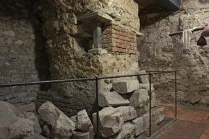 романско-готические подвалы